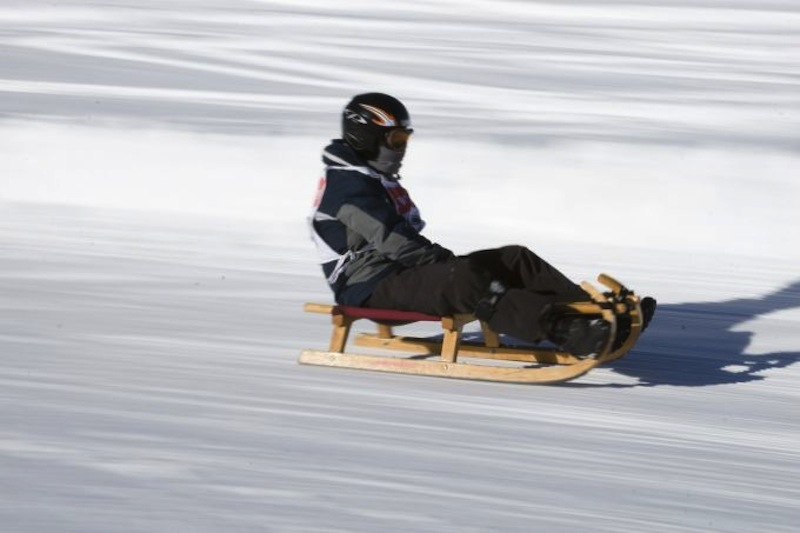 Tobogganing and Sledging
