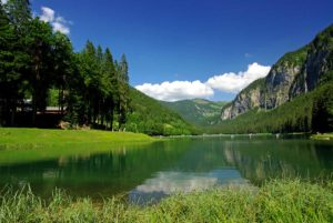 Lac Montriond in the summer