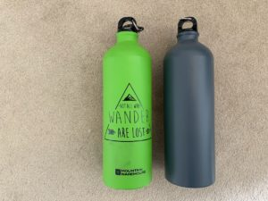 Day Hike Packing List - Water bottles